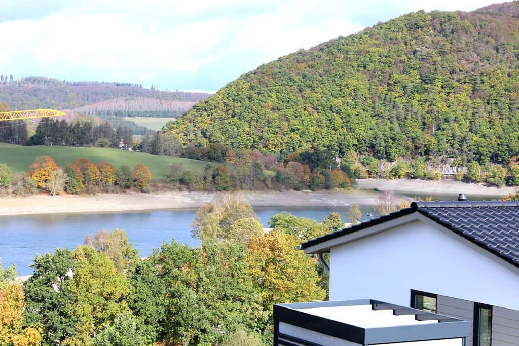 Ferienhaus Marta Muffert Blick vom Balkon am Diemelsee